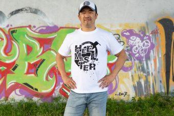【金丸義信オリジナル】「HEEL MASTER」Tシャツ【Web限定カラー】